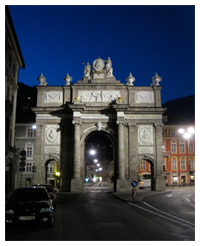 The Triumphal Arch at Night